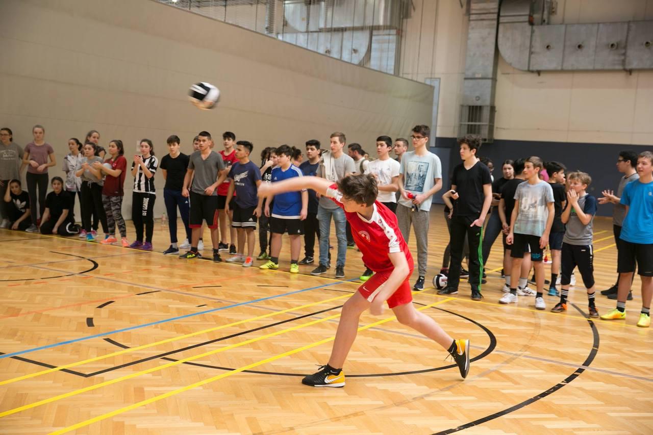 dodgeball00003