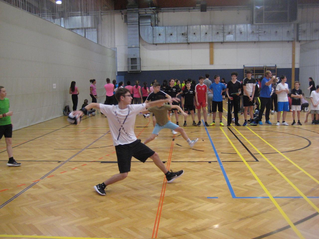 dodgeball00004