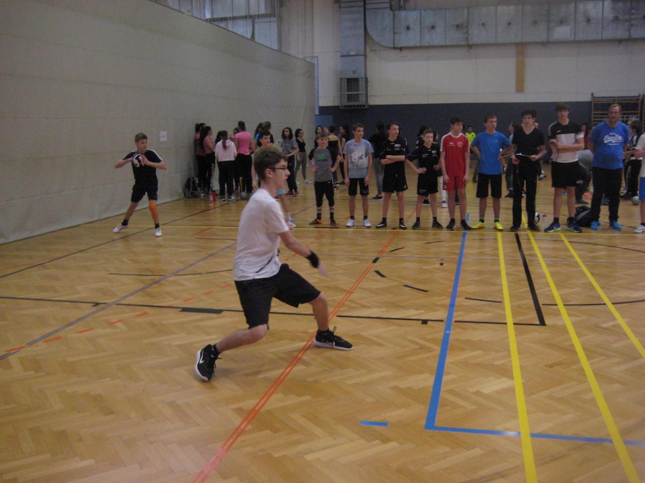 dodgeball00007