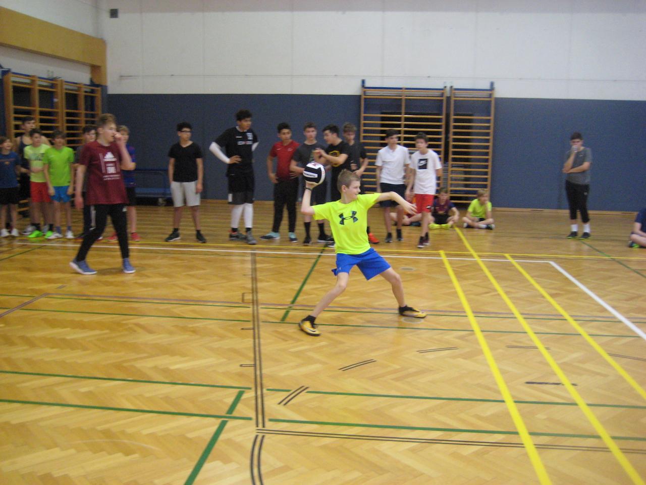 dodgeball00010