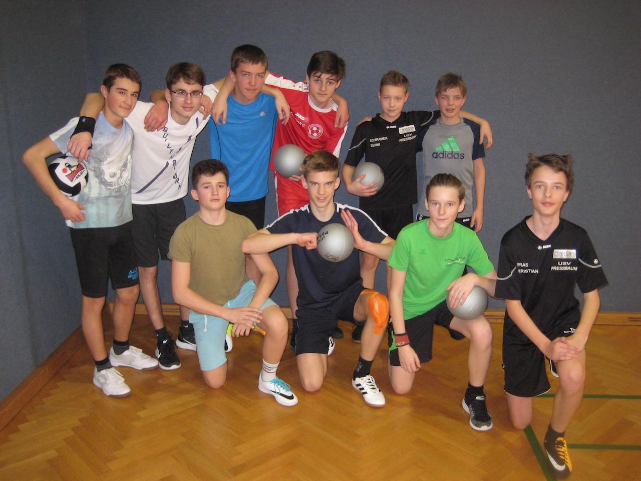 dodgeball00011