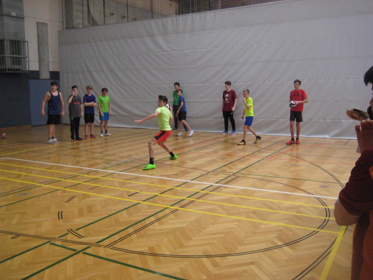 dodgeball00016