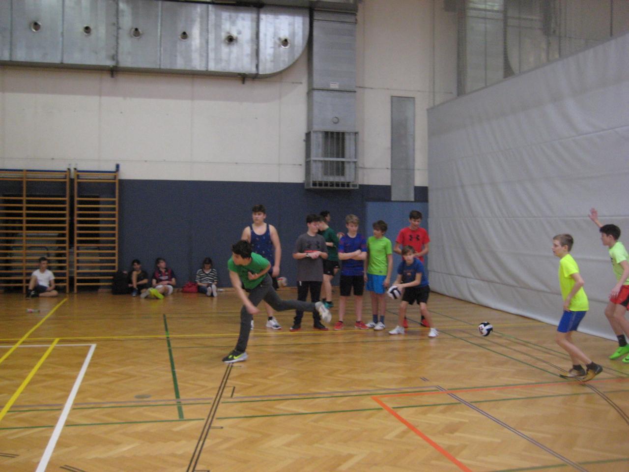 dodgeball00018