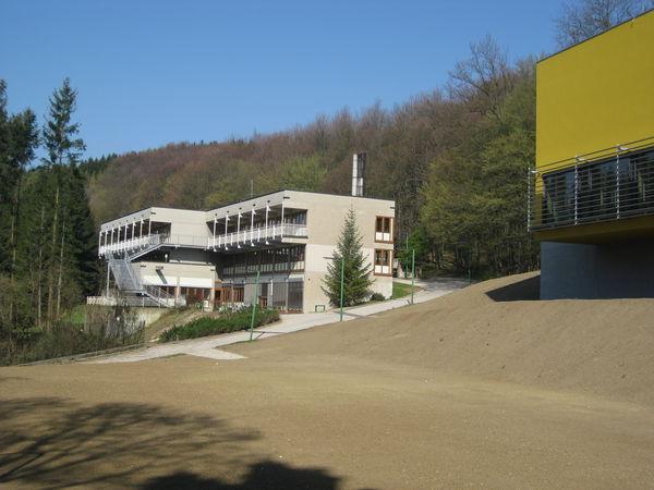 20120404_wienerwaldgymnasium_hauptgebaeude_07.jpg