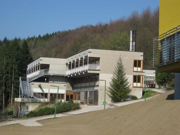 20120404_wienerwaldgymnasium_hauptgebaeude_31.jpg