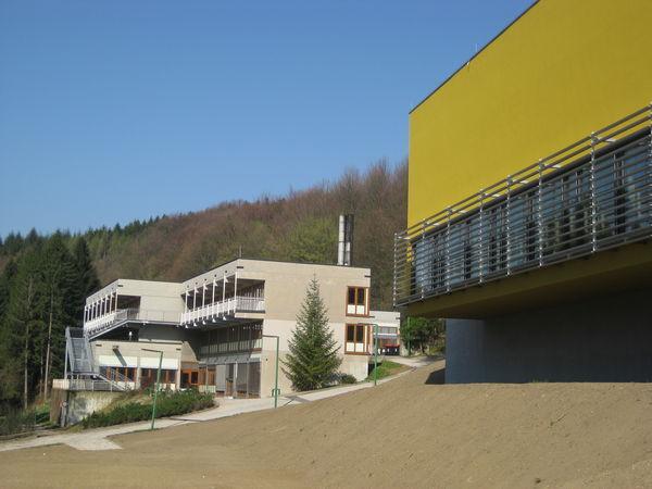 20120404_wienerwaldgymnasium_hauptgebaeude_32.jpg