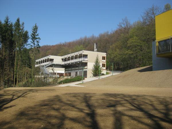 20120404_wienerwaldgymnasium_hauptgebaeude_34.jpg